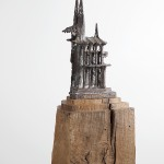 Der Dom,  unica , brons en hout, 25 x 20 x 155 cm