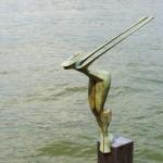Plons - 71 cm hoog - sokkel 120 cm hoog totaal 191 cm.